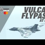 Vulcan Bomber's stunning flying display at Goodwood